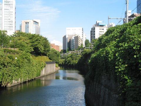 神田川の風景(水道橋駅より)