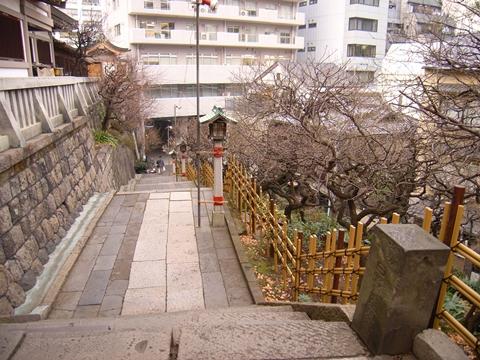 湯島天神、境内横の階段