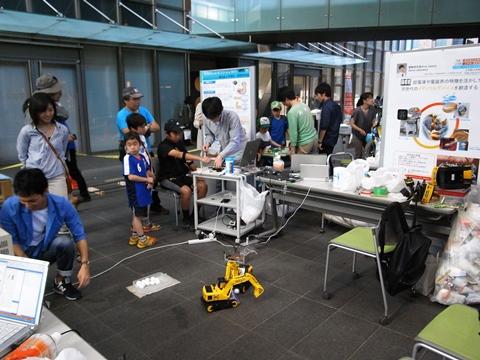 五月祭、工学部ロボット展示