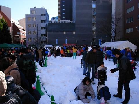 雪だるまフェア、広場の様子