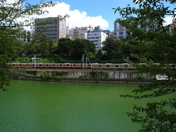 市ヶ谷から飯田橋、神田川の風景