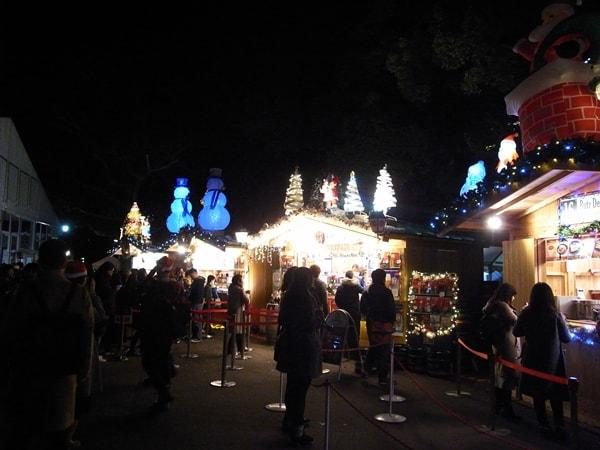 東京クリスマスマーケット2016、屋台の風景
